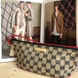 Gucci GG Supreme Clutch/Bag